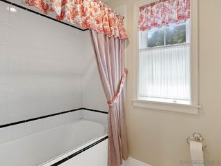 Photo 34: OCEANSIDE House for rent : 4 bedrooms : 2121 Grandview St