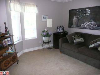 Photo 8: 15074 ROYAL Avenue: White Rock House for sale (South Surrey White Rock)  : MLS®# F1021776