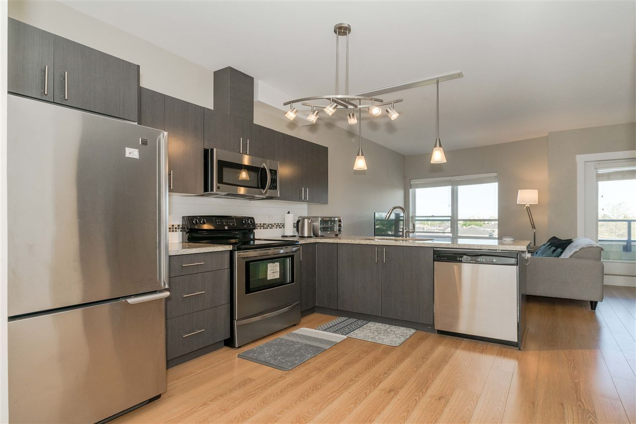 "Main Photo: PH7 7738 EDMONDS Street in Burnaby: East Burnaby Condo for sale in ""TOSCANA"" (Burnaby East)  : MLS®# R2415142"