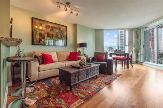 """Photo 7: 2307 583 BEACH Crescent in Vancouver: Yaletown Condo for sale in """"2 PARK WEST"""" (Vancouver West)  : MLS®# R2574813"""