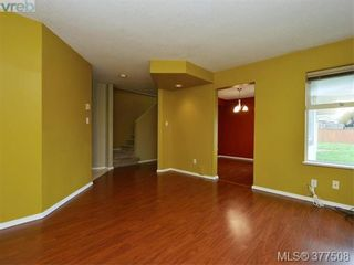 Photo 4: B 1706 Kings Rd in VICTORIA: Vi Jubilee Half Duplex for sale (Victoria)  : MLS®# 757946
