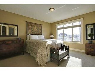 Photo 13: 202 34 Avenue SW in Calgary: 2 and Half Storey for sale : MLS®# C3554793