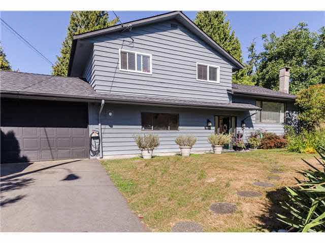 Main Photo: 5241 BELAIR Crescent in Tsawwassen: Cliff Drive House for sale : MLS®# V1140250