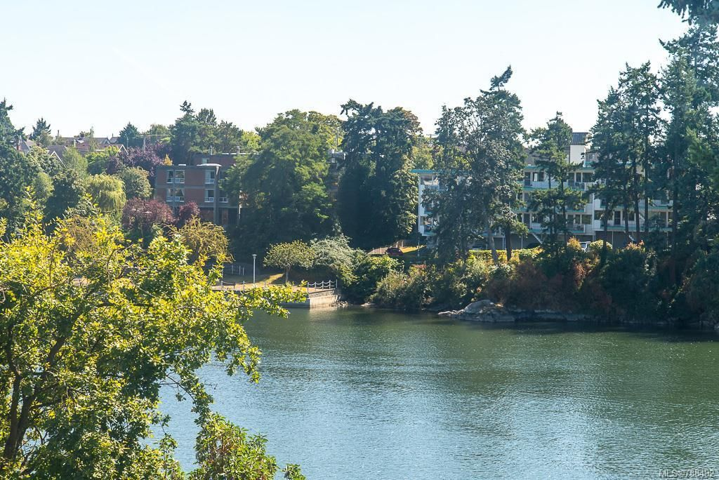 Main Photo: 402 73 W Gorge Rd in : SW Gorge Condo for sale (Saanich West)  : MLS®# 788482