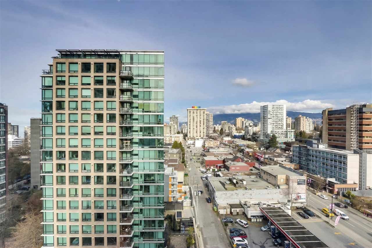"Photo 13: Photos: 1305 1238 BURRARD Street in Vancouver: Downtown VW Condo for sale in ""Alatdena"" (Vancouver West)  : MLS®# R2557932"