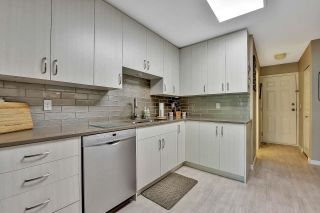 """Photo 9: 319 16233 82 Avenue in Surrey: Fleetwood Tynehead Townhouse for sale in """"The Orchards"""" : MLS®# R2606826"""