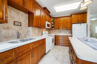 """Photo 7: 4 20750 TELEGRAPH Trail in Langley: Walnut Grove Townhouse for sale in """"Heritage Glen"""" : MLS®# R2563994"""