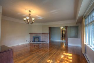 Photo 5: 1090 Lodge Ave in : SE Quadra House for sale (Saanich East)  : MLS®# 885850