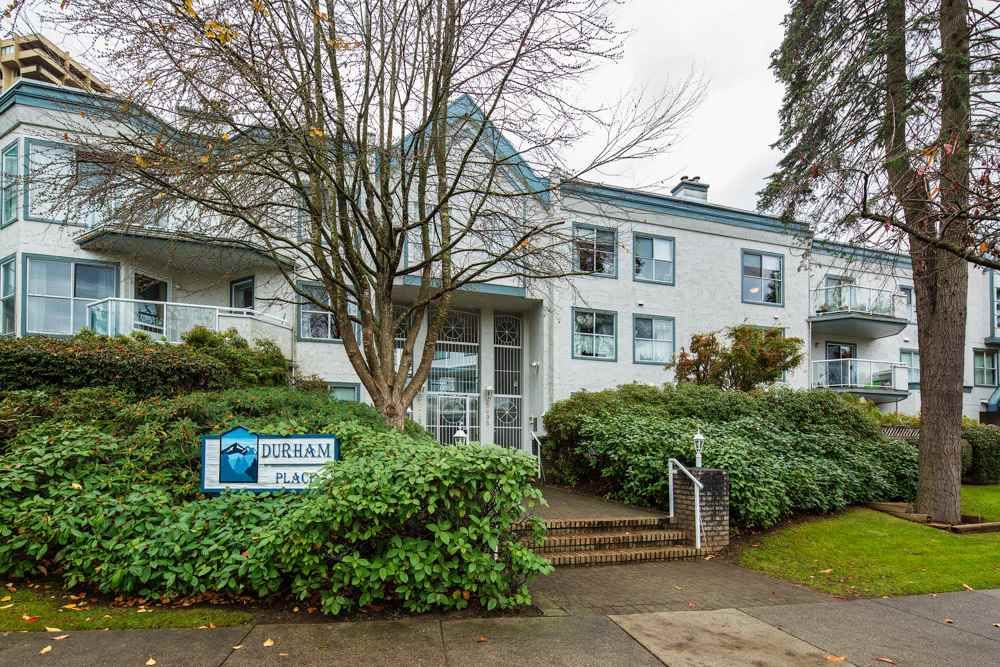 """Main Photo: 226 5695 CHAFFEY Avenue in Burnaby: Central Park BS Condo for sale in """"DURHAM PLACE"""" (Burnaby South)  : MLS®# R2221834"""