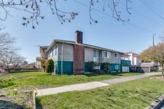 Photo 2: 6975 BEATRICE Street in Vancouver: Killarney VE House for sale (Vancouver East)  : MLS®# R2568389