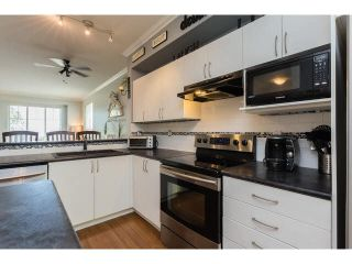 "Photo 3: 11 5839 PANORAMA Drive in Surrey: Sullivan Station Townhouse for sale in ""Forest Gate"" : MLS®# F1448630"