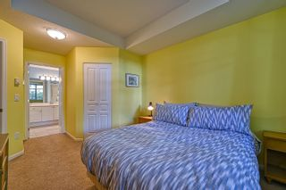 """Photo 23: 10 5240 OAKMOUNT Crescent in Burnaby: Oaklands Townhouse for sale in """"Santa Clara"""" (Burnaby South)  : MLS®# R2622975"""