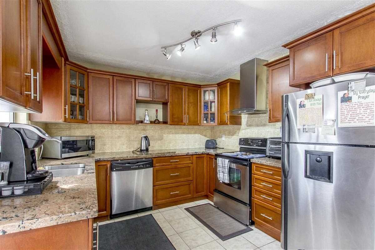 Photo 6: Photos: 5156 ABERDEEN Street in Vancouver: Collingwood VE House for sale (Vancouver East)  : MLS®# R2303162