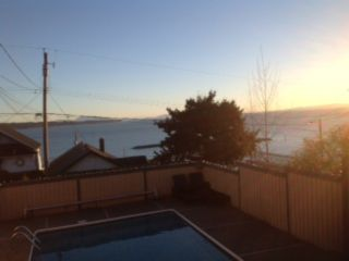 Photo 2: 15123 COLUMBIA Street: White Rock House for sale (South Surrey White Rock)  : MLS®# F1406770