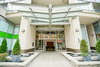 """Photo 2: 906 2978 GLEN Drive in Coquitlam: North Coquitlam Condo for sale in """"GRAND CENTRAL ONE"""" : MLS®# R2204292"""