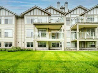 "Photo 2: 17 5221 OAKMOUNT Crescent in Burnaby: Oaklands Townhouse for sale in ""OAKLANDS"" (Burnaby South)  : MLS®# R2512646"