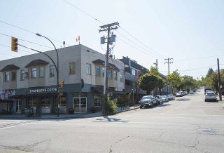 "Photo 18: 304 2255 YORK Avenue in Vancouver: Kitsilano Condo for sale in ""BEACH HOUSE"" (Vancouver West)  : MLS®# R2301531"
