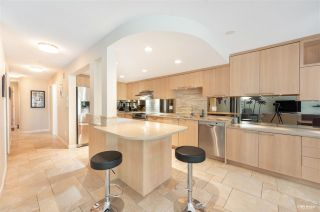 """Photo 3: 9 2188 SE MARINE Drive in Vancouver: South Marine Townhouse for sale in """"Leslie Terrace"""" (Vancouver East)  : MLS®# R2593040"""