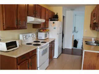 Photo 8: 39 Castlebrook Way NE in Calgary: Castleridge House for sale : MLS®# C3555411
