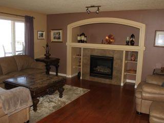 Photo 4: 222 WYMAN Lane in Edmonton: Zone 30 House for sale : MLS®# E4238697