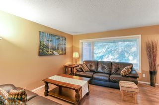 Photo 12: 143 Silver Brook Road NW in Calgary: Silver Springs Detached for sale : MLS®# A1141284