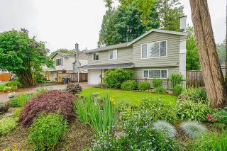 Photo 1: 917 RAYMOND Avenue in Port Coquitlam: Lincoln Park PQ House for sale : MLS®# R2593779