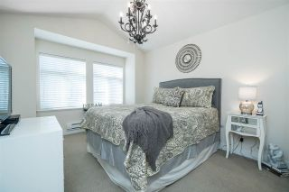 """Photo 15: 48 19448 68 Avenue in Surrey: Clayton Townhouse for sale in """"NUOVO"""" (Cloverdale)  : MLS®# R2365136"""