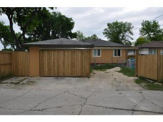 Photo 2: 504 Dalton Street in WINNIPEG: North End Residential for sale (North West Winnipeg)  : MLS®# 1212597