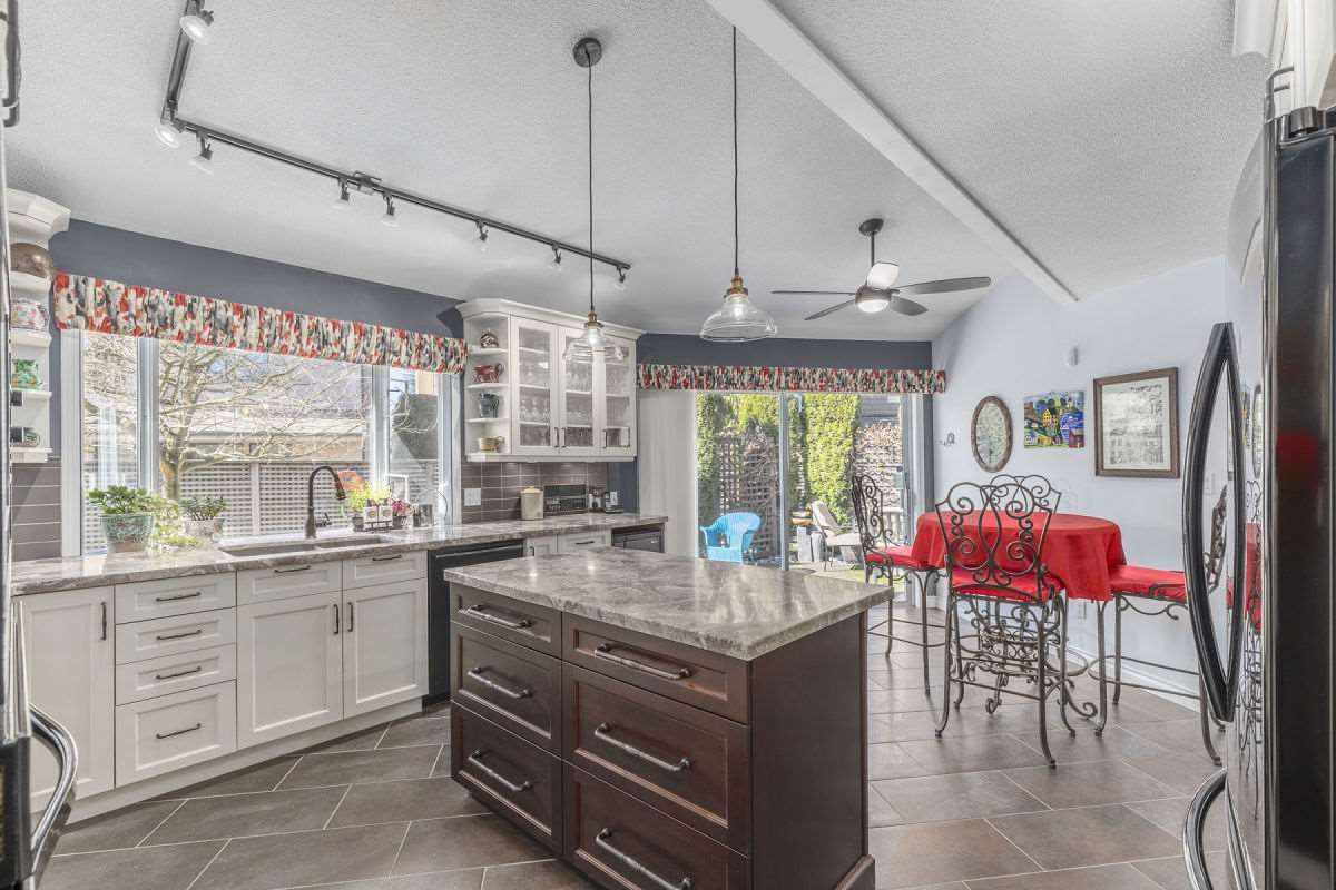 Photo 6: Photos: 9251 JASKOW Place in Richmond: Lackner House for sale : MLS®# R2353328