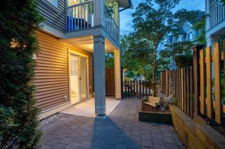 """Photo 32: 94 6575 192 Street in Surrey: Clayton Townhouse for sale in """"IXIA"""" (Cloverdale)  : MLS®# R2502257"""
