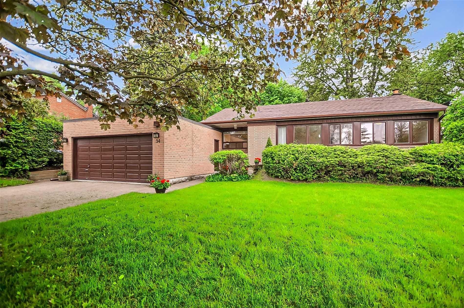 Main Photo: 34 Sanderling Place in Toronto: Banbury-Don Mills House (Bungalow-Raised) for sale (Toronto C13)  : MLS®# C4482488