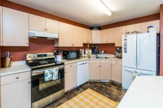 Photo 10: 7050 GUELPH Crescent in Prince George: Lower College 1/2 Duplex for sale (PG City South (Zone 74))  : MLS®# R2553498