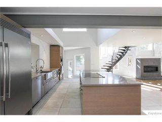 Photo 6: 74 Hopwood Drive in Winnipeg: Tuxedo Residential for sale (1E)  : MLS®# 1700022
