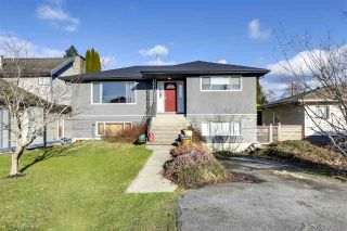 "Photo 1: 756 E 10TH Street in North Vancouver: Boulevard House for sale in ""BOULEVARD"" : MLS®# R2527385"