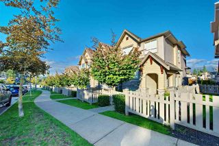 """Photo 2: 117 2738 158 Street in Surrey: Grandview Surrey Townhouse for sale in """"Cathedral Grove by Polygon"""" (South Surrey White Rock)  : MLS®# R2451909"""