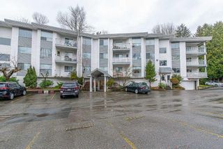 Photo 1: 101 2535 HILL-TOUT STREET in ABBOTSFORD: House for sale : MLS®# R2602300