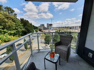 """Photo 4: 710 3281 E KENT AVENUE NORTH in Vancouver: South Marine Condo for sale in """"Rhythm"""" (Vancouver East)  : MLS®# R2619770"""