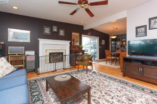 Photo 3: 10045 Cotoneaster Pl in SIDNEY: Si Sidney North-East House for sale (Sidney)  : MLS®# 832937