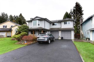 Photo 3: 20186 BRUCE Avenue in Maple Ridge: Southwest Maple Ridge House for sale : MLS®# R2564425