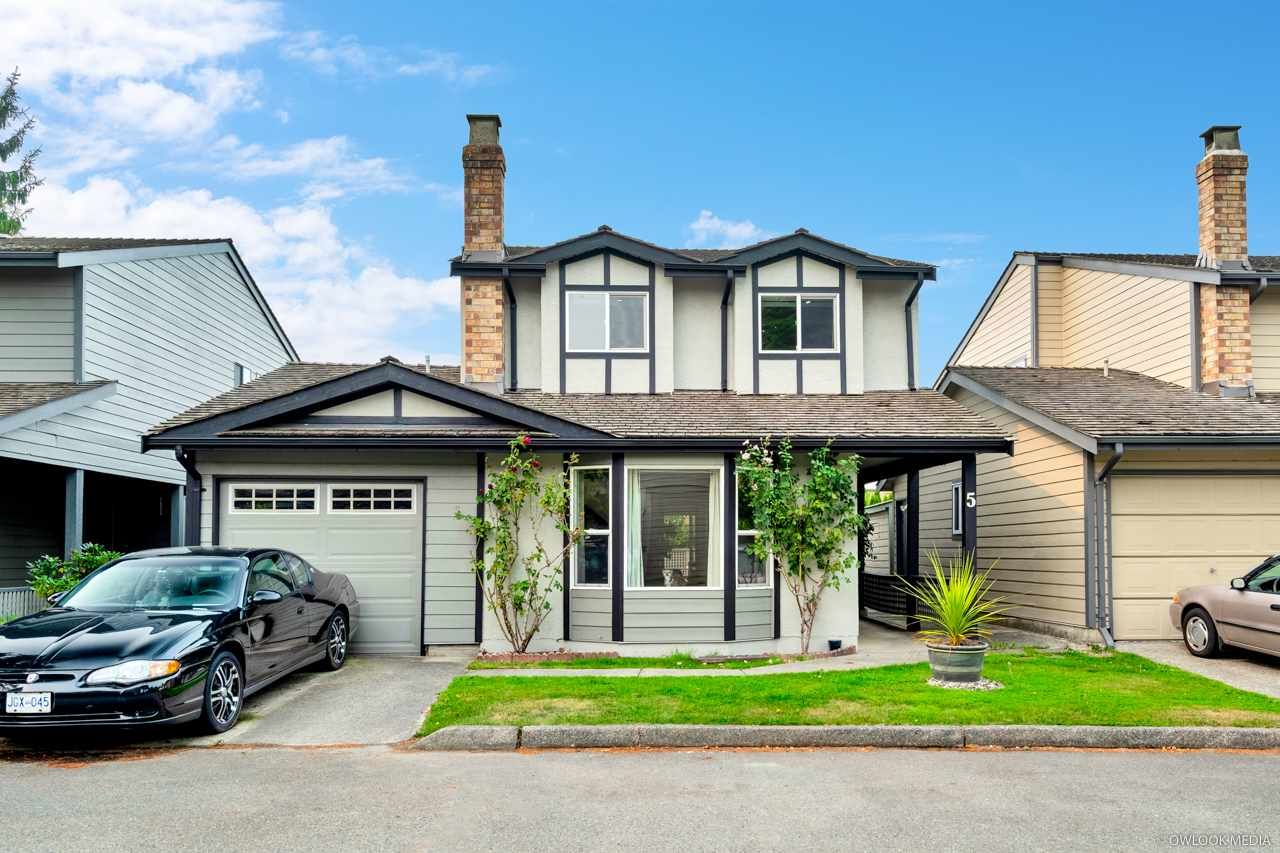 Main Photo: 5 6245 SHERIDAN Road in Richmond: Woodwards House for sale : MLS®# R2526818