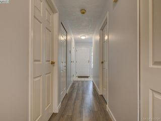Photo 17: 11 515 Mount View Ave in VICTORIA: Co Hatley Park Row/Townhouse for sale (Colwood)  : MLS®# 824724