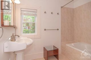 Photo 18: 670 O'CONNOR STREET in Ottawa: House for sale : MLS®# 1250601
