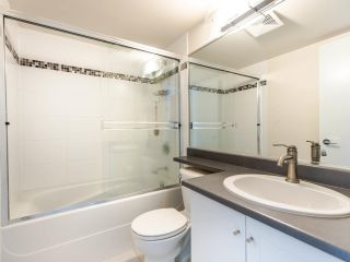 """Photo 12: 803 813 AGNES Street in New Westminster: Downtown NW Condo for sale in """"The News"""" : MLS®# R2435309"""
