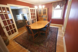 Photo 6: 3207 ALFEGE Street SW in Calgary: Upper Mount Royal Detached for sale : MLS®# A1055978