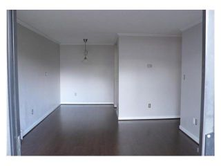 """Photo 2: 305 2885 SPRUCE Street in Vancouver: Fairview VW Condo  in """"FAIRVIEW GARDENS"""" (Vancouver West)  : MLS®# V1104941"""