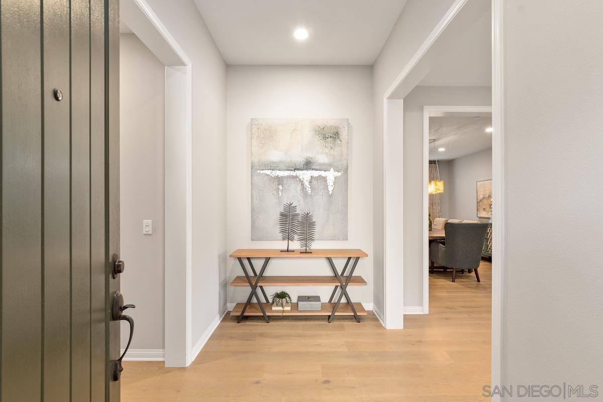 Photo 2: Photos: RANCHO BERNARDO House for sale : 3 bedrooms : 8012 Auberge Circle in San Diego