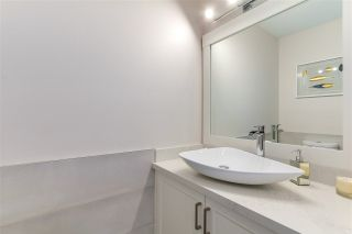 """Photo 15: 633 FIR Street in North Vancouver: Hamilton House for sale in """"Hamilton"""" : MLS®# R2216128"""