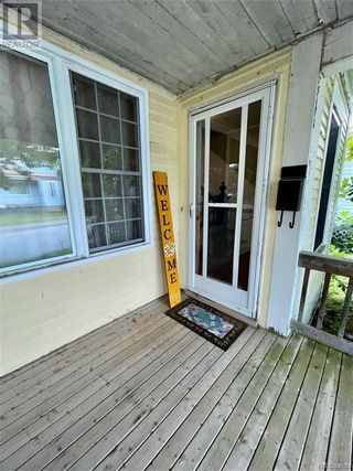 Photo 5: 16 Victoria Street in St. Stephen: House for sale : MLS®# NB061897