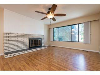 Photo 3: 7904 115A Street in Delta: Scottsdale 1/2 Duplex for sale (N. Delta)  : MLS®# R2292526