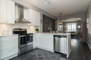 "Photo 2: 53 8476 207A Street in Langley: Willoughby Heights Townhouse for sale in ""YORK By Mosaic"" : MLS®# R2189656"